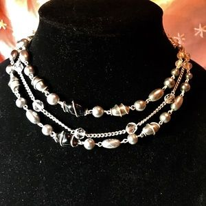 Jewelry - Beautiful Black,gray, and wrapped wire necklace